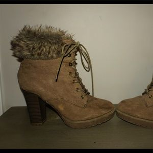 Chunky taupe heel fur booties laced